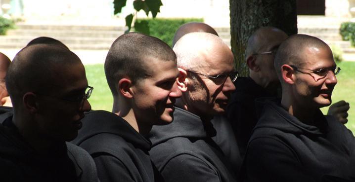 monjes benedictinos